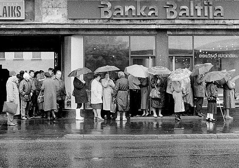 """""""Bankā Baltija"""" palika ap 40 tūkstošu privāto noguldītāju un 20 tūkstošu uzņēmumu finanšu līdzekļi."""