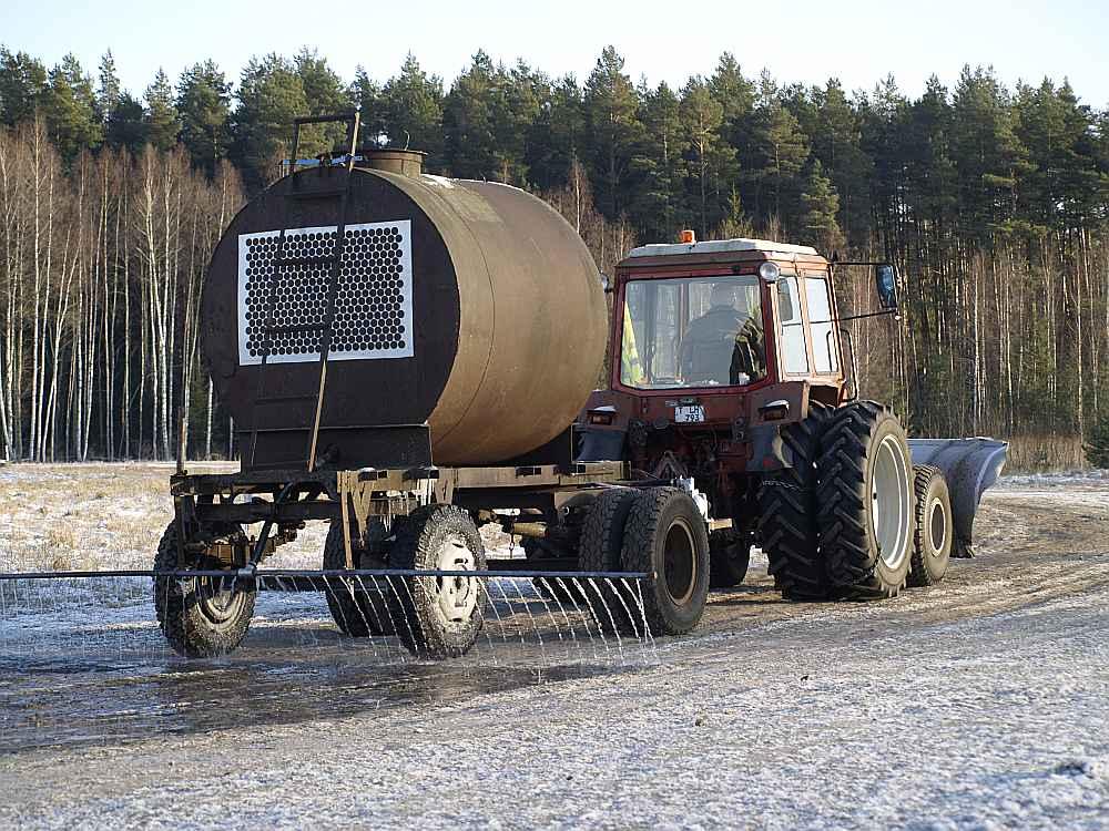 Jāņa Štrausa traktorduša.