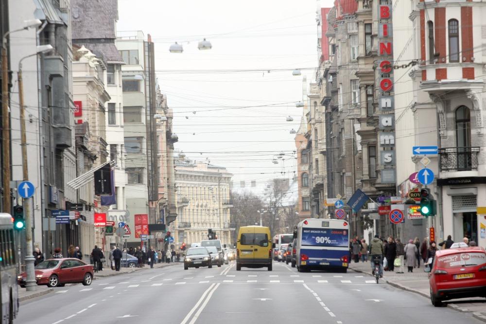 Ilustratīvs foto. Brīvības iela Rīgā.