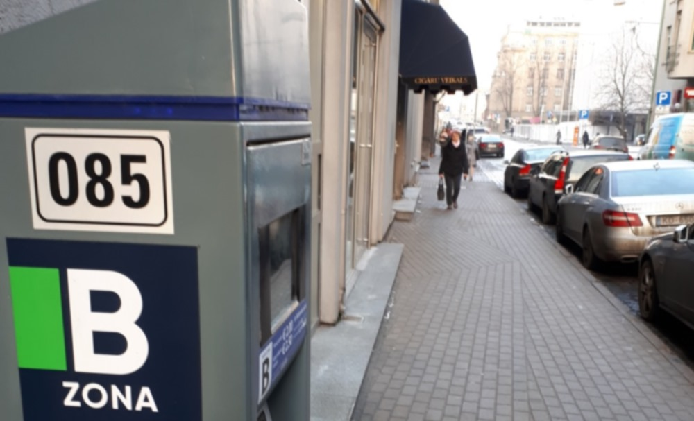 Rīga. B tarifa zonas autosstāvvieta.