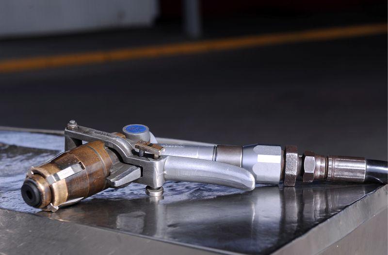 Gāzes uzpildes pistole. Ilustratīvs attēls