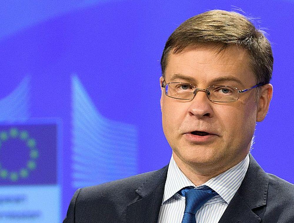 EK priekšsēdētāja vietnieks eiro un sociālā dialoga jautājumos Valdis Dombrovskis