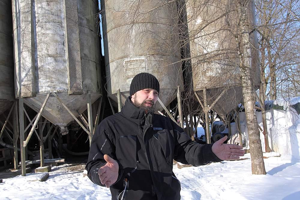 """""""No jaunās OIK maksājumu kārtības jāatsakās!"""" pārliecināts Kokneses novada domes deputāts, zemnieku saimniecības """"Lejasvēži"""" īpašnieks Jānis Krūmiņš."""