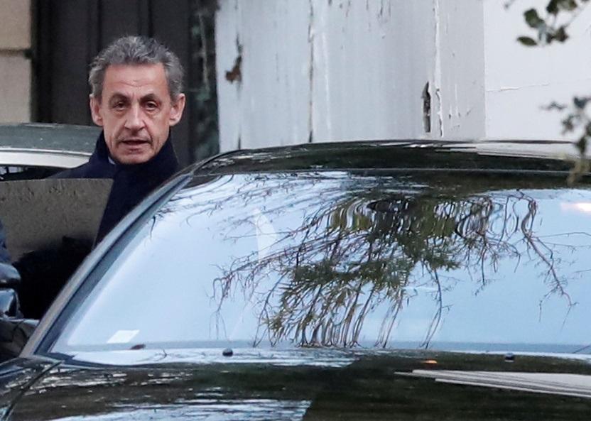 Bijušajam Francijas prezidentam Nikolā Sarkozī būs jāstājas tiesas priekšā.