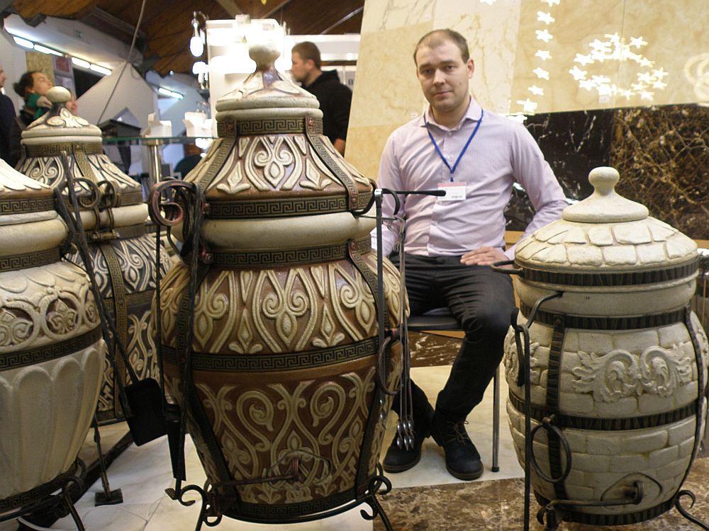 Tandiri – dekoratīvas keramiskās pārnēsājamās maizes krāsnis.