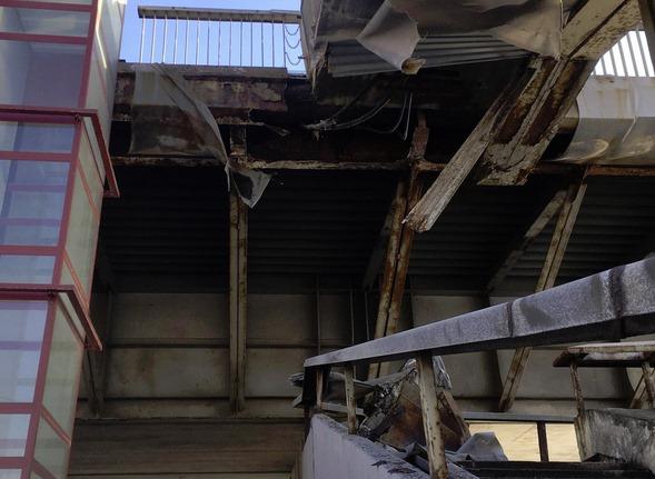 Bojātās Vanšu tilta kāpnes,