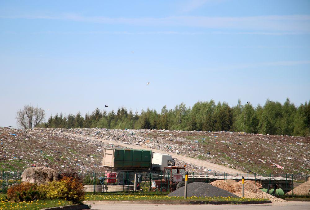 """Reģionālā atkritumu apsaimniekošanas centra """"Daibe"""" teritorija Pārgaujas novadā."""