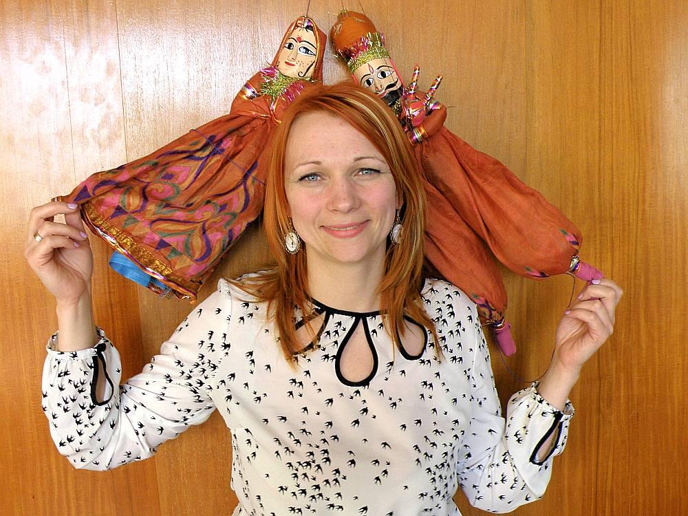 """Linda Riekstiņa-Šnore ir izveidojusi 400 m2 lielu ražošanas cehu, kurā nodarbina 15 cilvēkus un lielu daļa sava dizaina zīmola """"Ettetete"""" produkcijas eksportē."""