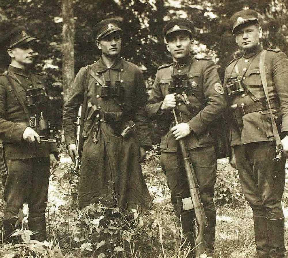 Lietuvas nacionālo partizānu komandieru grupa.