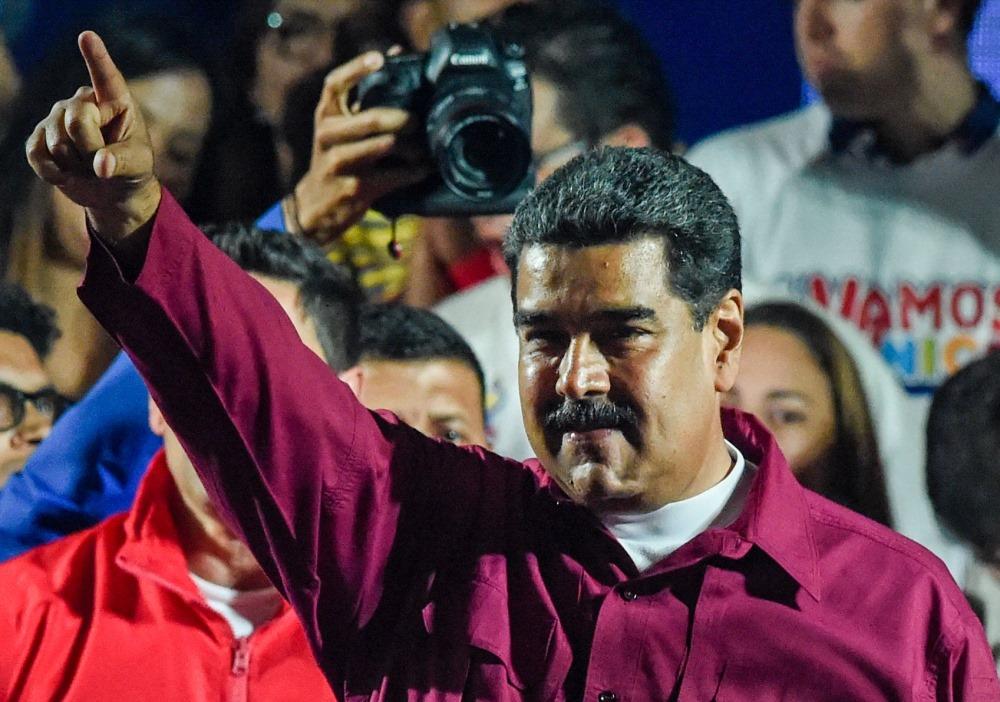Nikolas  Maduro.