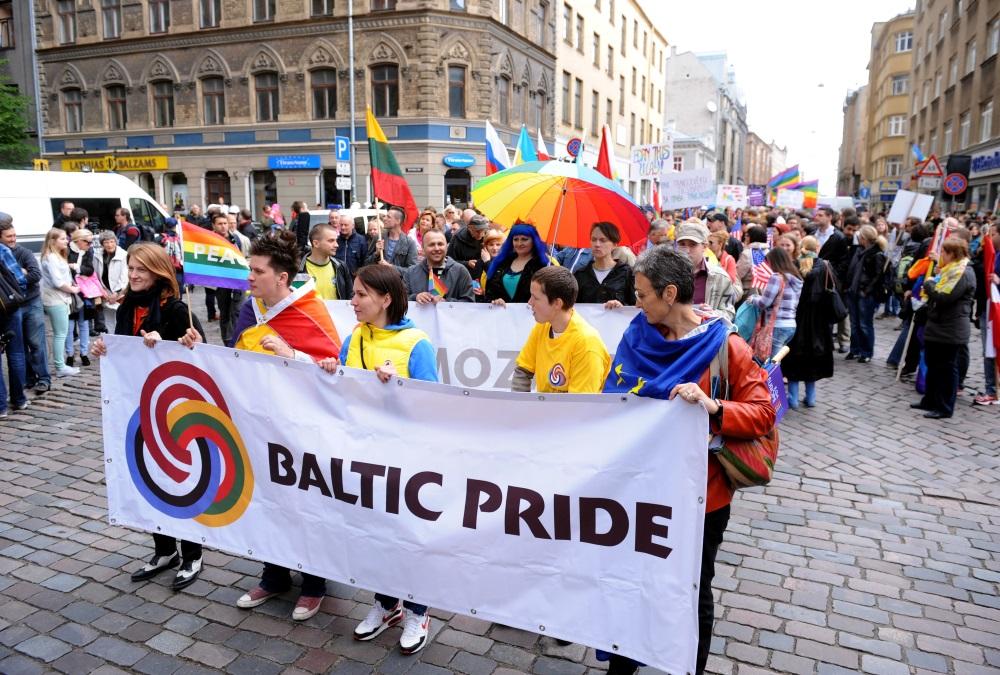 "Arhīva foto. ""Baltijas praida"" gājiens, 2012.gada  2.jūnijā."
