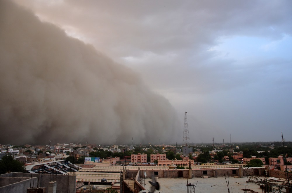 Indijā plosās putekļu vētra, 07.05.2018.