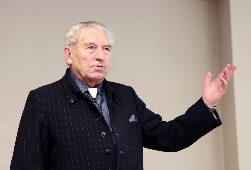 Rakstnieks un publicists Ēriks Hānbergs