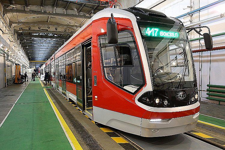 """""""Transmašholding"""" Tveras rūpnīcā radītais """"City Star"""" tramvajs."""