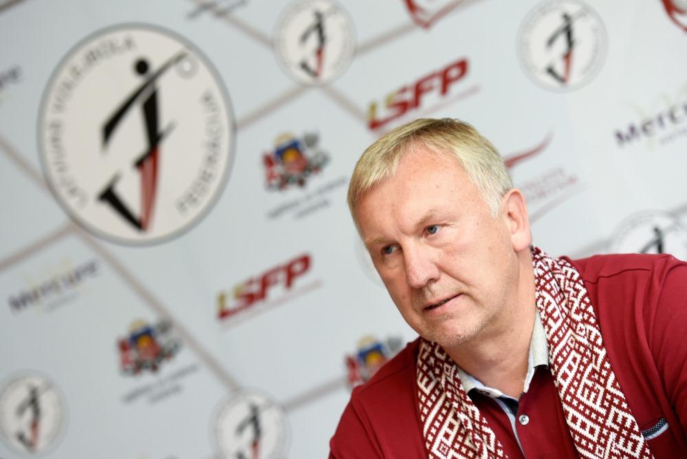 Latvijas Volejbola izlases treneris Avo Kēls.