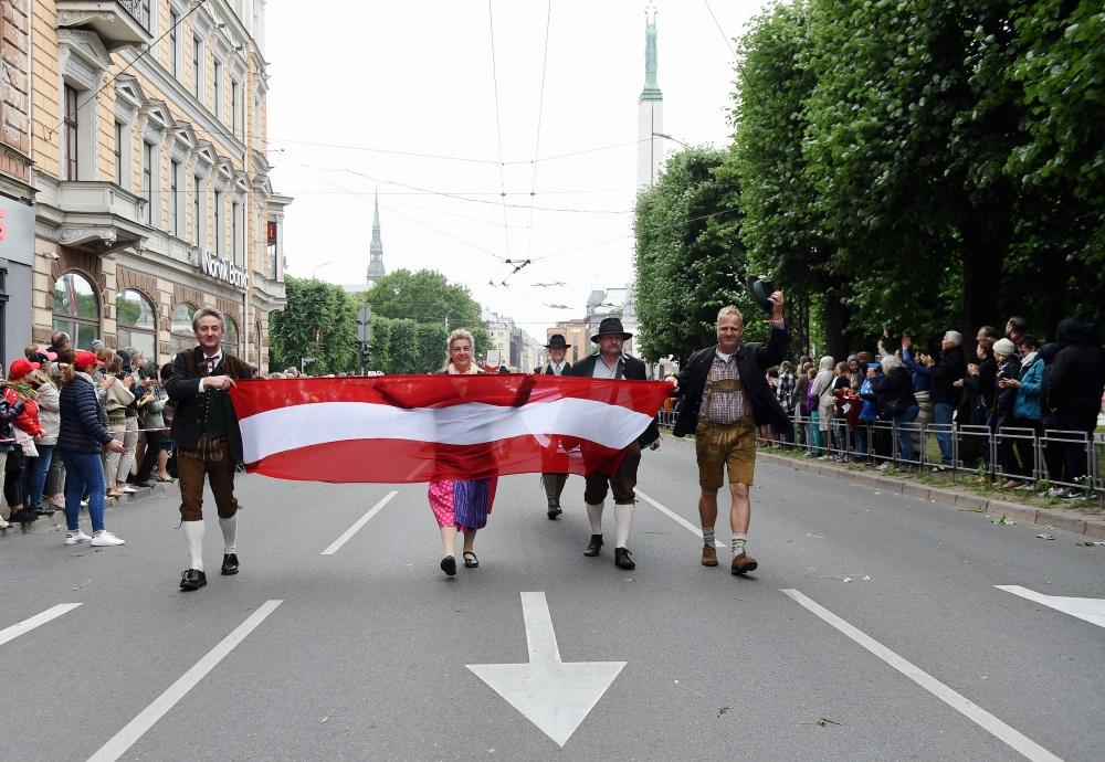 No 2.jūlija Dziesmu un deju svētku laikā Rīgā stājas spēkā jauni satiksmes ierobežojumi.