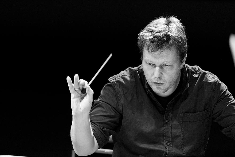 Latviešu diriģents Guntis Kuzma.