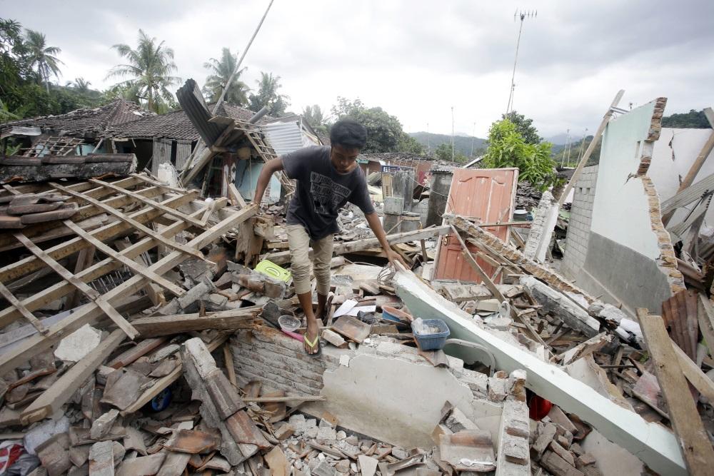 Zemestrīce Indonēzijā.