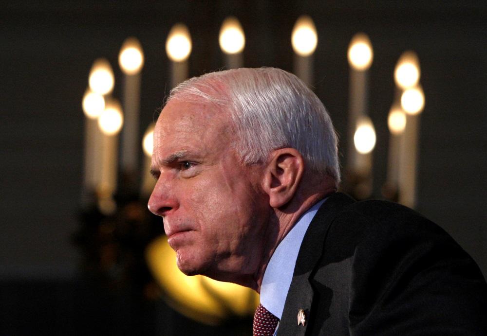 Arhīva foto. ASV republikāņu senators un bijušais prezidenta amata kandidāts Džons Makeins.