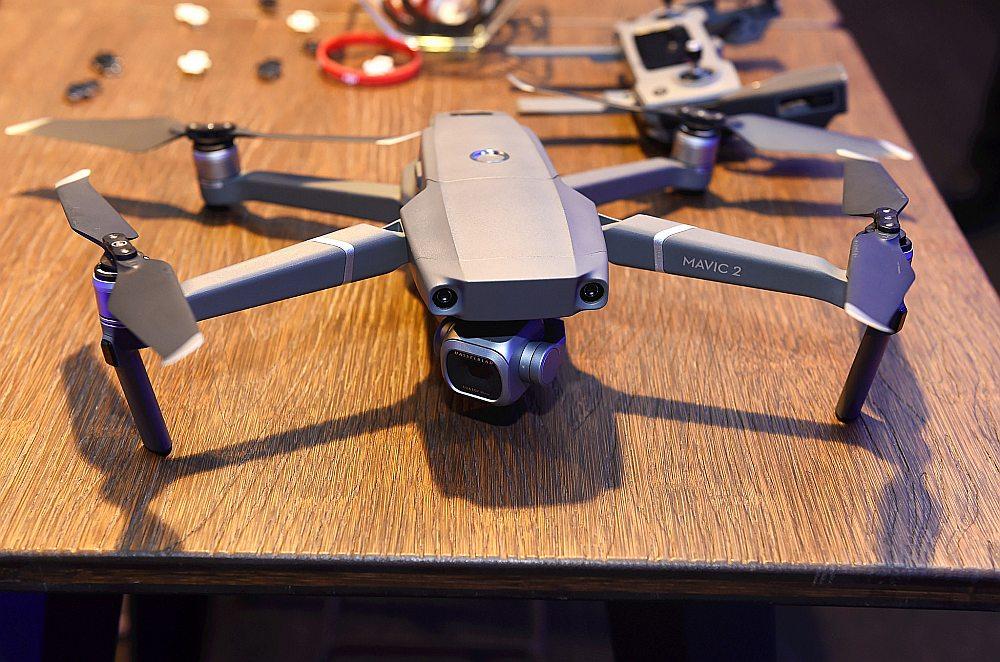"""""""Mavic"""" sērijas drons."""