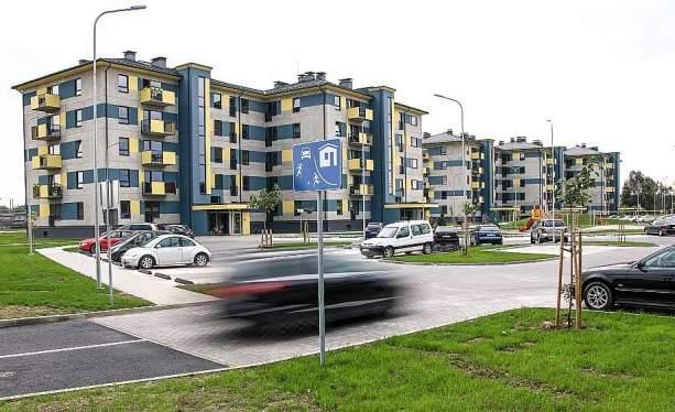 Jūnija sākumā Valmierā tika nodoti ekspluatācijā divi pašvaldībai piederoši īres nami ar 150 dzīvokļiem.