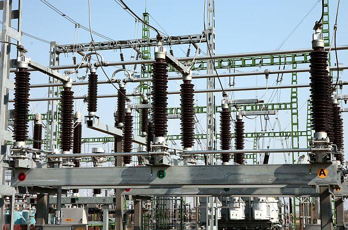 """Augstsprieguma transformatori rekonstruētajā AS""""Austsprieguma tīkls"""" 330/110 kV apakšstacijā """"Grobiņa"""" Liepājas rajona Grobiņas pagastā."""