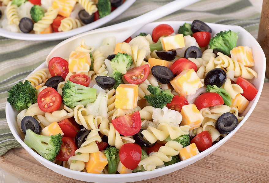 tomatu_salati_ar_makaroniem