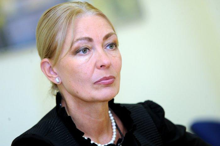 Deputāte Ingūna Rībena.