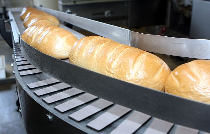 """Maizes klaipi SIA """"Fazer maiznīca"""" ceptuvē Ogrē."""