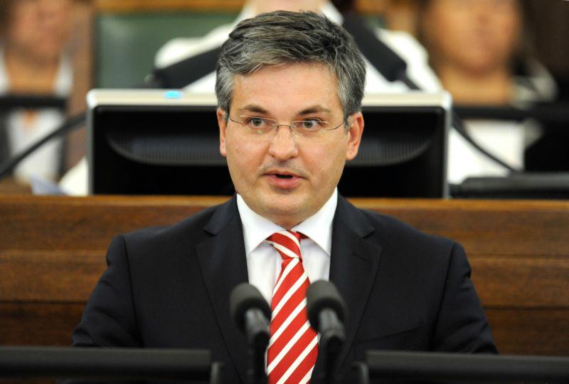 12.Saeimas deputāts Ints Dālderis