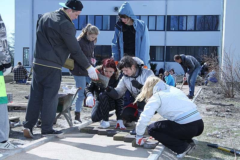 Bulduru Dārzkopības vidusskolas labiekārtošanā ieguldīti trīs miljoni eiro Eiropas naudas, taču ar to nav bijis pietiekami, lai skolu modernizētu pilnībā.