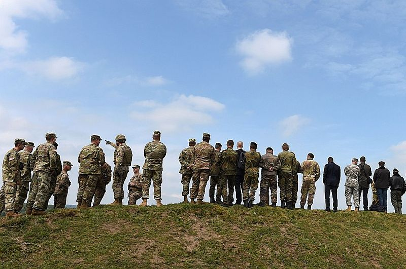 Kamēr politiķi domā, nav kas koordinē ES dalībvalstu armijas pārstāvjus kopīgai rīcībai nepieciešamības gadījumā.