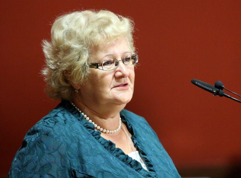 Saeimas Sociālo un darba lietu komisijas priekšsēdētāja Aija Barča.