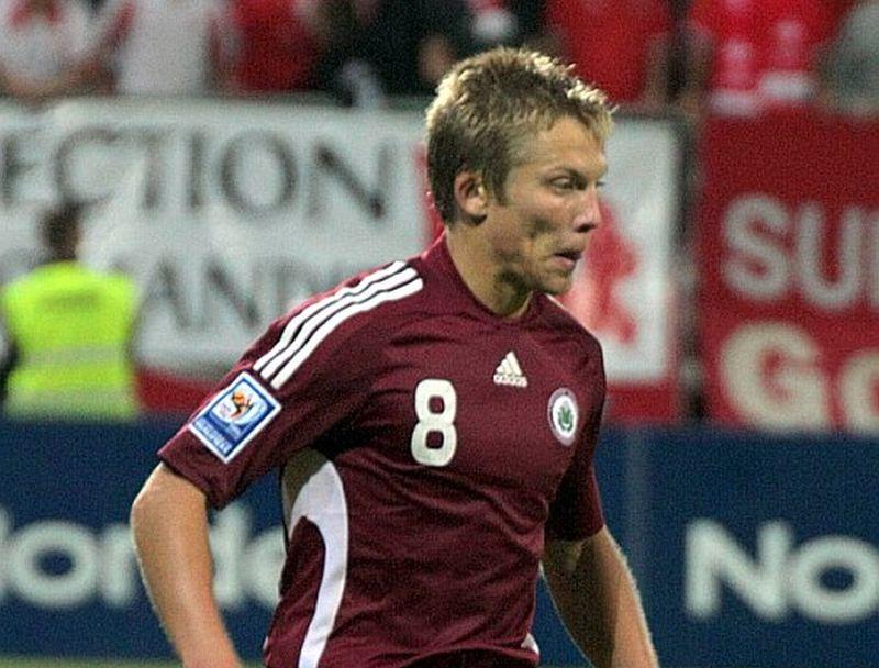 Aleksandrs Cauņa vēlas turpināt futbolista karjeru.
