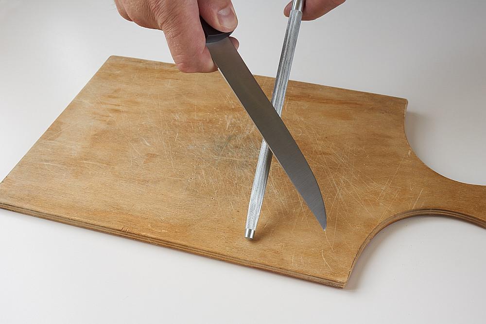 Asmens pielabošanai ikdienā vislabāk izmantot apaļos keramiskos asinātājus.