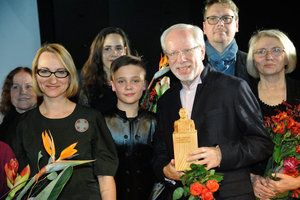 2017. gada balvas laureāti kopa ar kultūras ministri Daci Melbārdi.