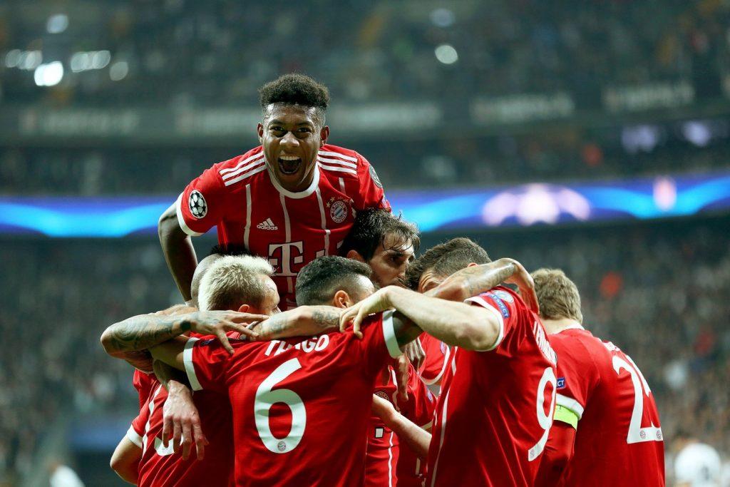 """Minhenes """"Bayern"""" futbolisti."""