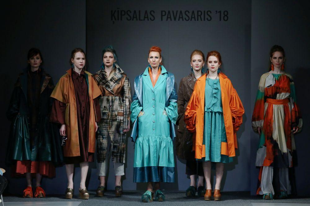 Kādu modi rāda topošie Latvijas dizaineri