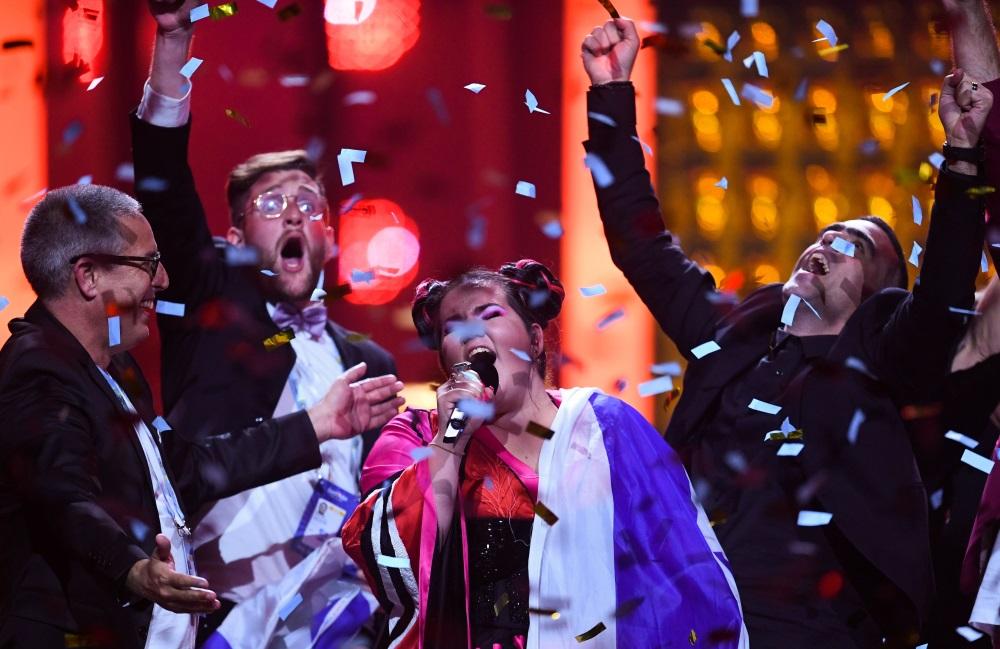 """Izraēlas pārstāve Netta ar dziesmu """"Toy"""" kļūst par Eirovīzijas dziesmu konkursa uzvarētāju, 12.05.2018."""