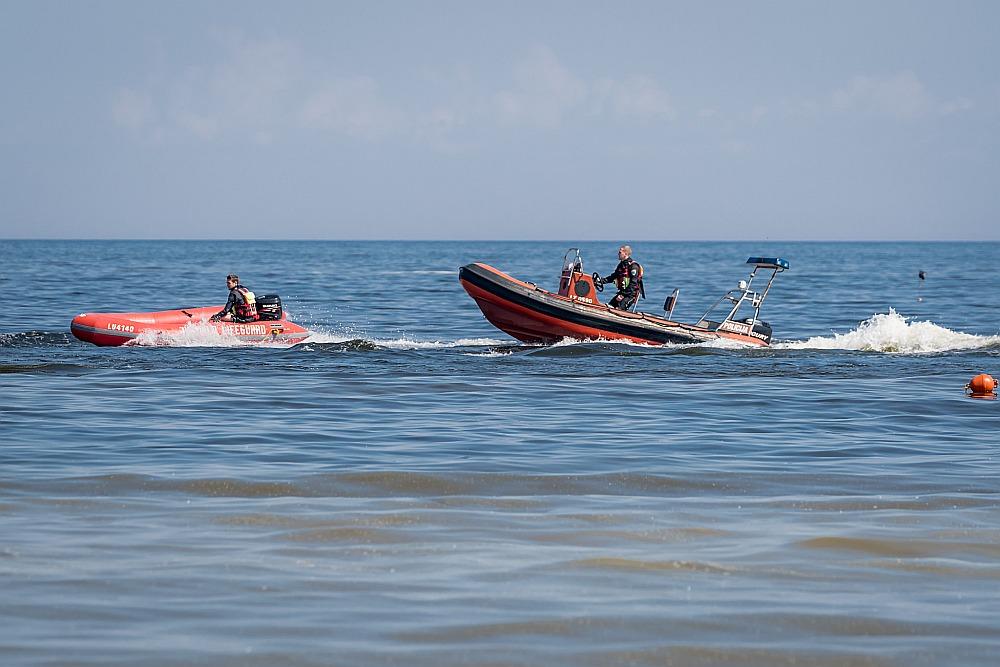 Par peldētāju drošību Jūrmalā gādā gandrīz četrdesmit glābēju.