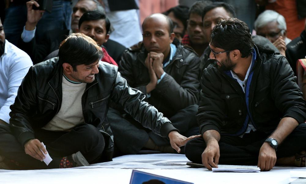 Ilustratīvs foto. Studenti Indijā.