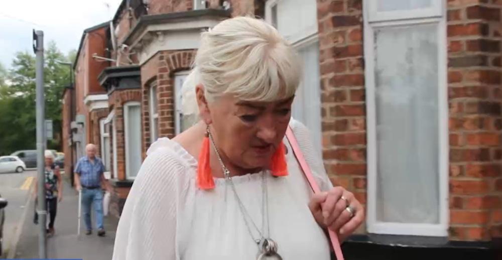 Mārīte Tera dzīvo Lielbritānijā un saņem tās valsts pensiju. Latvijā atgriezties neplāno.