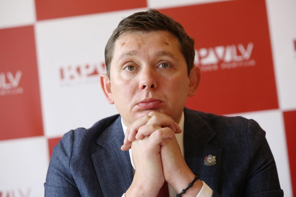 Apsūdzētais un kriminālvajāšanai izdotais Saeimas deputāts Artuss Kaimiņš, 25.06.2018.