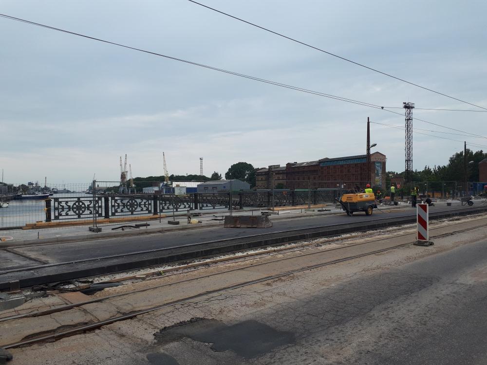 Liepājā turpinās Tramvaja tilta remonts, 2018.gada jūnijs.