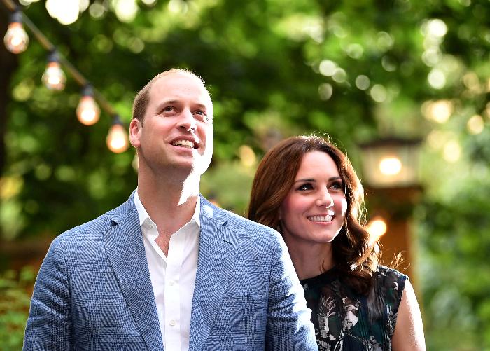 Princis Viljams ar sievu Ketrīnu Midltoni