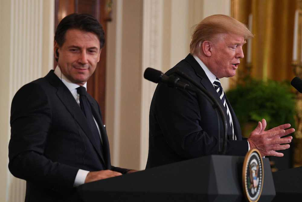 Itālijas premjerministrs Džuzepe Konte un ASV prezidents Donalds Tramps Baltajā namā