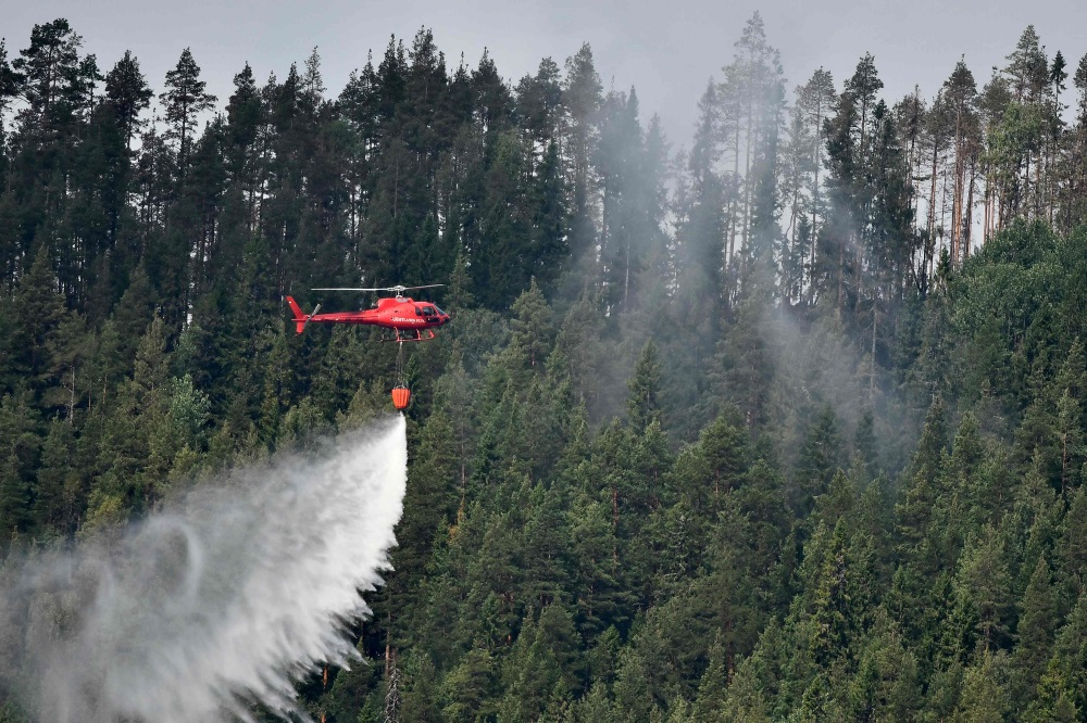 Zviedrijā dzēš meža ugunsgrēku, 22.07.2018.
