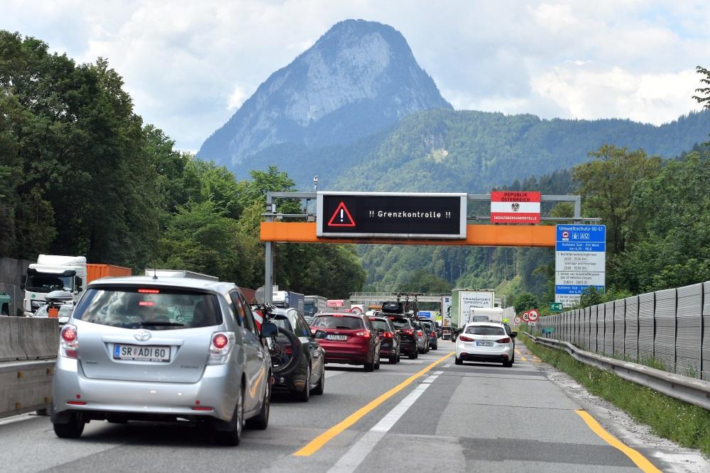 Robeža starp Vāciju un Austriju.