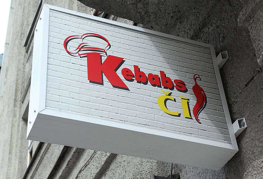 """""""Kebabs Čī"""" ir pastiprinātā Valsts valodu centra redzeslokā."""