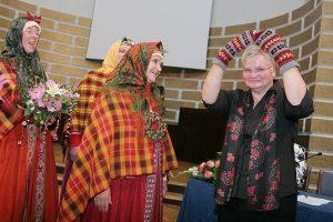 Janīnai Kursītei-Pakulei (NA) ir visvairāk papilddarbu, kuros viņa nopelna, tikpat cik būdama deputāte. Foto - Karīna Miezāja